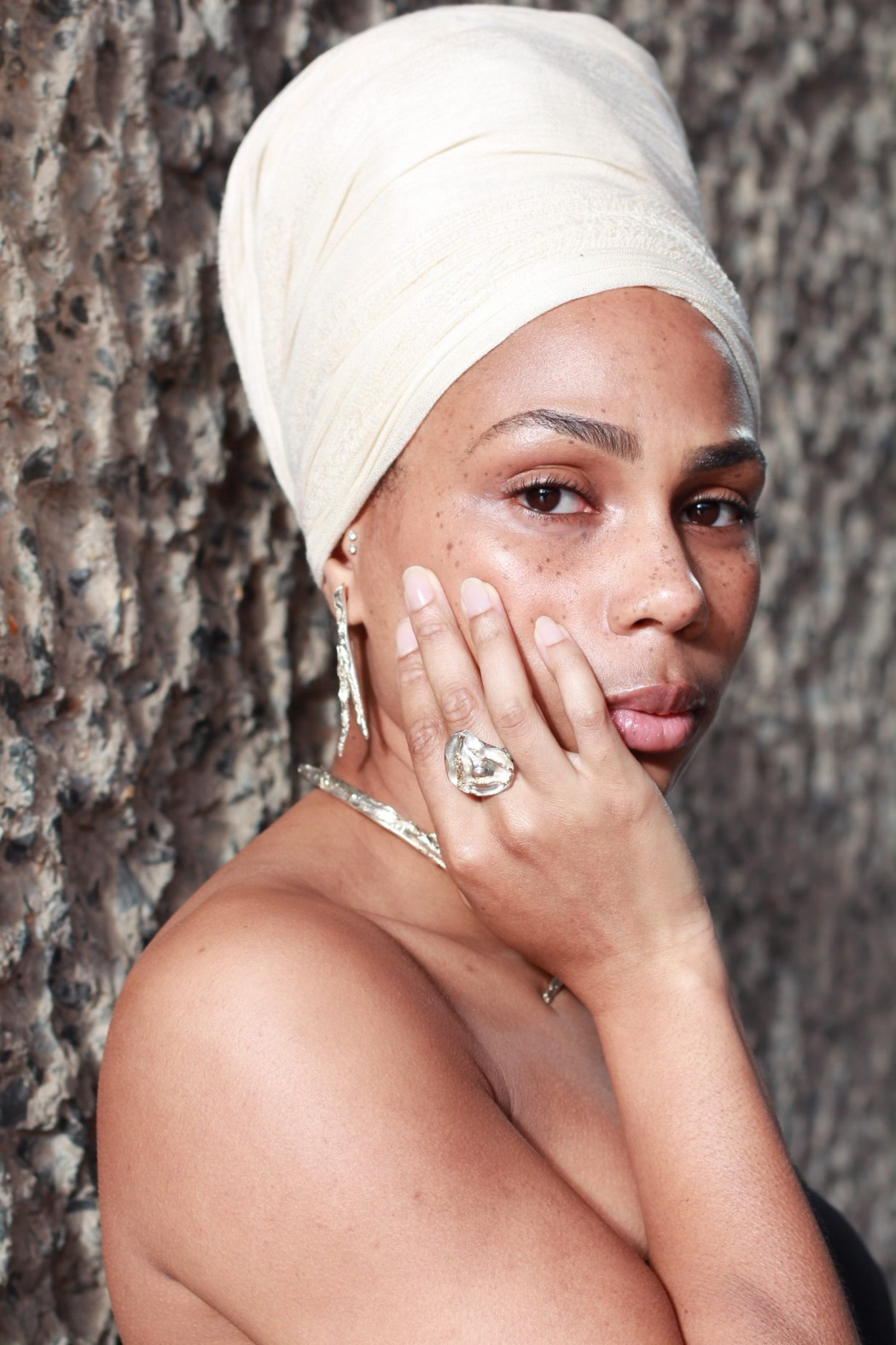 Lanaiya Lithe Head Wrap Jewellery Modelling 4